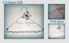 Cintre porte-bijoux en fil alu argent. Creations, Porte Bijoux, Coat Hanger, Group, Objects, Silver