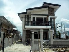 Davao Homes and Properties lists real estate properties in and around Davao City. House Plans 2 Storey, 2 Storey House Design, House Gate Design, Small House Design, Modern House Design, Modern Zen House, Modern Minimalist House, Model House Plan, Dream House Plans