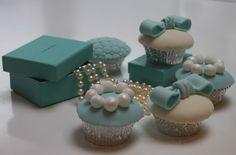 Tiffany inspired wedding cupcakes