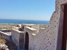 Finikia, Santorini