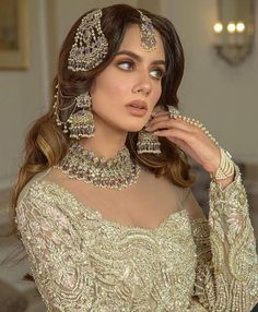 Asian Bridal Dresses, Asian Wedding Dress, Indian Bridal Outfits, Indian Bridal Fashion, Pakistani Wedding Outfits, Pakistani Wedding Dresses, Indian Bridal Jewelry, Pakistani Makeup Looks, Pakistani Bridal Makeup