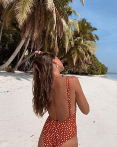 everything is getting better in the summer Endless summer Summer fashion Summer vibes Summer pictures Summer photos Summer outfits February 13 2020 at Summer Photography, Photography Poses, Photography Outfits, Summer Beach, Summer Vibes, Summer Bikinis, Beach Bum, Outfit Strand, Push Up Lingerie