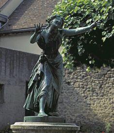 Statue en bronze de Colin-Maillard (1863) par Victor Leharivel-Durocher, à Bellême