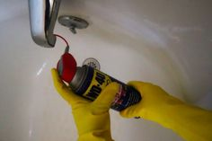 Borax Cleaning And Household Tips Borax Cleaning, Diy Home Cleaning, Cleaning Wood, Bathroom Cleaning Hacks, Household Cleaning Tips, Deep Cleaning Tips, Cleaning Recipes, House Cleaning Tips, Diy Cleaning Products