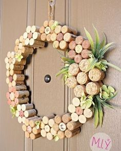 Wine lovers take note: A step by step tutorial and detailed supplies list to mak. Wine lovers take Wine Craft, Wine Cork Crafts, Wine Bottle Crafts, Mason Jar Crafts, Wine Bottles, Crafts With Corks, Champagne Cork Crafts, Champagne Corks, Wine Glass
