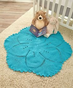 Free crochet pattern: Scalloped Baby Blanket by Melody's Makings for Red Heart