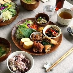 日本人のごはん/お弁当 Japanese meals/Bento 11007849 819078298186201 1528512851 n Cute Food, Good Food, Yummy Food, Asian Recipes, Healthy Recipes, Plate Lunch, Food Presentation, Food Plating, Japanese Food