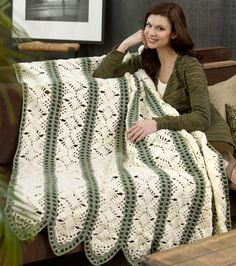 Fast Irish Panels Throw | This unique lace crochet afghan pattern is just STUNNING.