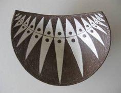 1056: 4 Thomas Toft ceramic items : Lot 1056