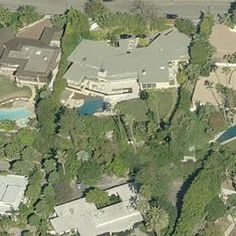 You can look up any celebrity's house on this site! Celebrity Homes - Jennifer Aniston House - Los Angeles, CA.