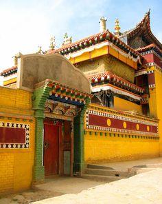 lower wutun monastery, tongren, china #buddhist