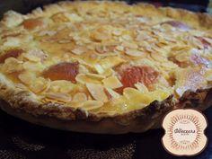 Tarte Abricots- Amandine http://lesdouceursdelavie.blogspot.fr/2012/07/tarte-abricots-amandine.html