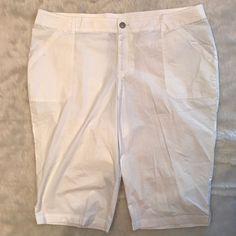Lane Bryant Sz 26 Capri Crop Pants WHITE Cotton Stretch Pockets NWOT #LaneBryant #CaprisCropped