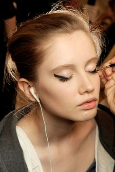 Chanel Spring 2011 Couture - Beauty - Gallery - Style.com
