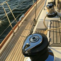 Sailing #wishweweresailing #goals #regram @thecount