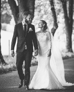 "62 Synes godt om, 3 kommentarer – Torstein Gamst (@torstein_pixlight) på Instagram: ""#wedding#weddingdress#weddingphotographer#weddingday#bryllupsfotograf#fineartwedding#fineartweddingphotographer#justsaidyes#weddingloveandhappiness#itstartedwithyes#bestweddingshots#dittbryllup#tbno#wayupnorth#weddingphotography#weddingphoto#weddingday#weddingmoments…"""