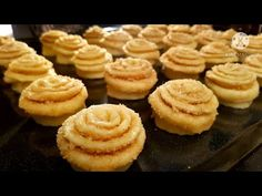 Sweet Life, Mini Cupcakes, Biscotti, Donuts, Muffins, Cheesecake, Pie, Sweets, Bread