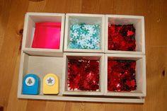 atelier perforation Montessori Practical Life, Sensory Boards, Theme Noel, Home Schooling, Holiday Activities, Fine Motor Skills, Winter Holidays, Homeschool, Teaching