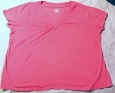 NEW White Stag Woman Plus Size Pink 26/28 26 28 4x  Top Shirt Blouse Sleeveless  63 % poly 37 % cotton new but wrinkled.  Didn't fit so shoved it in the go ...   https://nemb.ly/p/E1YX8HmnW Happily published via Nembol