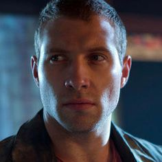 A Good Day to Die Hard 'Let's Go Kill Some Scumbags' Clip - Bruce Willis and Jai Courtney do some reconnaissance and trade witty barbs in this scene from director John Moore's action sequel.