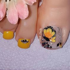 Toe Designs, Nail Art Designs, Toe Nail Art, Acrylic Nails, Purple And Pink Nails, La Nails, Butterfly Nail, Cute Toes, Manicure And Pedicure