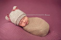 Knit Newborn Hat-Newborn knitted hat-Newborn by EllieBellieProps