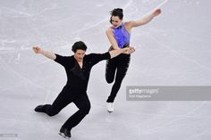 News Photo : Tessa Virtue and Scott Moir of Canada comoete in...