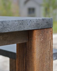 Tipton Collection: Table Laax - Exceptional Outdoor Furnishings: Table Laax