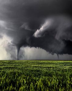 10 All Sizes Tornado Wide Right Ideas Weather Cloud, Wild Weather, Weather Storm, Storm Photography, Nature Photography, Travel Photography, Tornados, Thunderstorms, Natural Phenomena