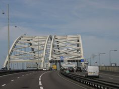 Van Brienenoordbrug, Rotterdam