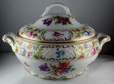 Schumann/Bavaria Dresdener/Dresdner Art (Smooth) Round Covered Vegetable Bowl