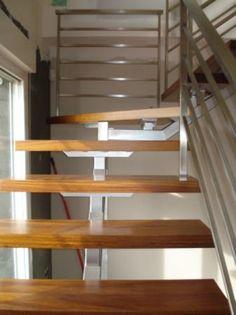 Barandilla escalera de acero inoxidable pasamano redondo - Escaleras de madera interior ...