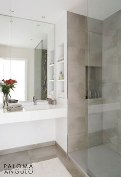 Ideas bathroom vanity backsplash bath remodel for 2019 Small Bathroom Furniture, Bathroom Interior, Interior Design Living Room, Small White Bathrooms, Modern White Bathroom, Family Bathroom, Master Bathroom, Vanity Backsplash, Bath Remodel