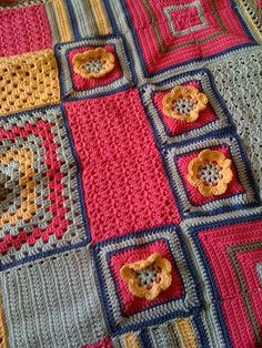 Awesome crochet blanket that looks like a quilt