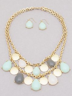 RESIN TEARDROP BEAD CLUSTERED NECKLACE SET25-HYS7605-GLGRColor : GOLD-MINT-MULTIColor : GOLD-BURGUNDYSize : 18inch with 2inch ext