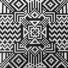 Perler bead geometric design by Dohee Yang