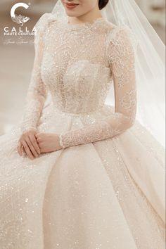 Muslim Wedding Dresses, Elegant Wedding Gowns, Cute Wedding Dress, Princess Wedding Dresses, Wedding Dress Styles, Bridal Dresses, Ball Dresses, Nice Dresses, Evening Dresses