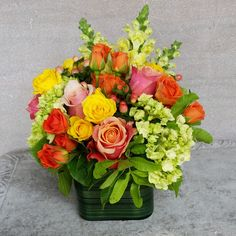 Florist in Miami Flower Delivery - multicolor roses, spray roses, hydrangeas, snaps in glass cube - Happy Day ! Small Flower Arrangements, Vase Arrangements, Small Flowers, Flower Vases, Beautiful Flowers, Yellow Flowers, Wedding Flower Decorations, Wedding Flowers, Diy Wedding