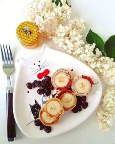 3⃣..2⃣..1⃣..GO! #⏰ Lecimy robić niedzielne śniadanko , naleśniki z bananem #🍌, masłem orzechowym #❤ żurawiną, jagodami goji i otrębami, które tak zbawiennie działają na nasz organizm #🌈 U mnie pogoda deszczowa #☔ a u was? #❓ Miłej niedzieli #😘 #goodmorning#sunday#niedziela#bydgoszcz#lazyday#rainyday#badweather#breakfast#healthy#healthybreakfast#zdroweśniadanie#zdrowejedzenie#mniam#foodporn #instafood#like4like#likeforlike#lfl#l4l#likebackteam#likebackalways#likeback  Yummery - best…