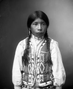 Ute Indian boy Date Summary Head and shoulders portrait of a young Native American Ute boy wearing a decoratively beaded vest over a loose shirt, a hair pipe choker, and earrings. Native American Children, Native American Beauty, Native American Photos, American Spirit, Native American Tribes, Native American History, American Art, Native Indian, Indian Boy