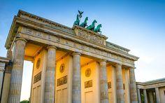 Explorer les parcs et les palais de Potsdam. http://www.lonelyplanet.fr/article/city-break-visiter-berlin-en-4-jours #parc #palais #Potsdam #Berlin #allemagne #voyage #weekend #citybreak
