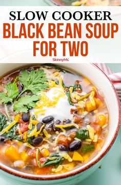 This Quick and Easy Slow Cooker Black Bean Soup for Two is packed with vegetables and Southwestern flavor. Delicious and healthy! Slow Cooker Recipes, Crockpot Recipes, Soup Recipes, Cooking Recipes, Ww Recipes, Slow Cooker Healthy Soup, Chicken Recipes, Healthy Soups, Yummy Recipes