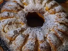 Pyszne ciasto z kostki twarogu i jabłka recipe step 4 photo Polish Recipes, Doughnut, Raspberry, Food And Drink, Cooking Recipes, Sweets, Baking, Christmas Cakes, Diet
