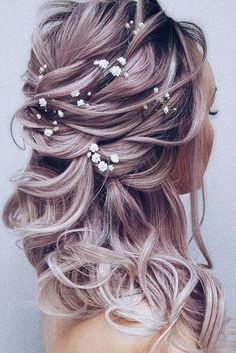 45 Summer Wedding Hairstyles Ideas ♥ Summer wedding hairstyles are different, because brides have many options for long hair or medium hair. We have collected the best bridal ideas for you! Diy Wedding Hair, Wedding Hair Down, Wedding Hair And Makeup, Wedding Bride, Vintage Wedding Hair, Wedding Dresses, Wedding Ideas, Wedding Hairstyles For Medium Hair, Wedding Hairstyles Half Up Half Down