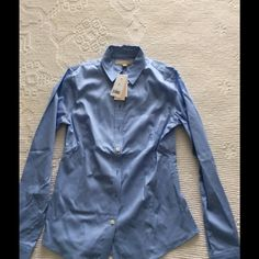 Banana Republic button down blouse NWT Never worn NWT; ALL REASONABLE OFFERS CONSIDERED  Banana Republic Tops Button Down Shirts