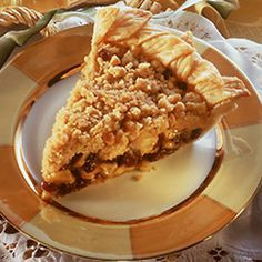 French Raisin Apple Pie