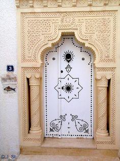 Entry door in Hammamet
