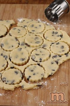 Welsh cake - Welsh cupcakes in a pan - Macaronette et cie - Trend Pretty Cakes 2019 Homemade Cake Recipes, Best Cake Recipes, No Cook Desserts, Easy Desserts, Welsh Cakes Recipe, Chocolate Chip Cookies, Low Fat Cake, Cake Varieties, Brookies Recipe
