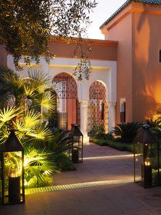 La Mamounia Marrakech, a luxury escape Moroccan Design, Moroccan Decor, Moroccan Style, Islamic Architecture, Architecture Design, Hotel Architecture, Villa Design, House Design, Decoration Facade