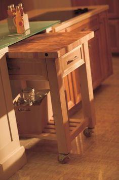 31 Cozy And Chic Farmhouse Kitchen D& Ideas - DigsDigsSimple Kitchen Decor - Kitchen Decor Design Ideas Kitchen Redo, Kitchen Storage, Kitchen Remodel, Kitchen Cabinets, Storage Room, Kitchen Dining, Kitchen Ideas, Dining Room, Rolling Kitchen Island